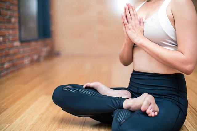 yoga-3053488_640